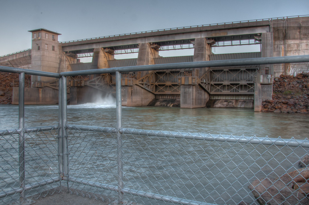 Carters Lake Re-Regulation Dam